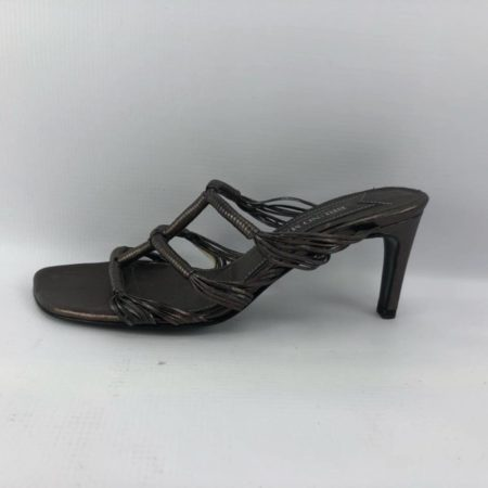 BRUNO MAGLI Bronze Heels US 7.5B Eur 37.5B 3963 c