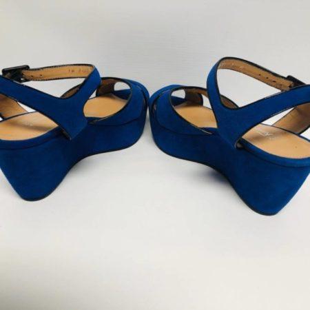 SALVATORE FERRAGAMO Blue Suede Wedges 10590 f