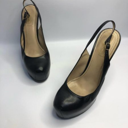 YSL YVES SAINT LAURENT Black Heels US 8 Eur 38 4090 a