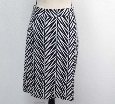 DVF DIANE VON FURSTENBERG Skirt Size 12 7398 d