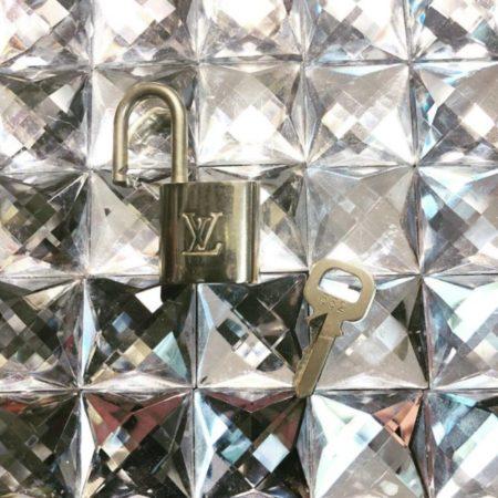 LOUIS VUITTON Brass Lock and Key 11943 c