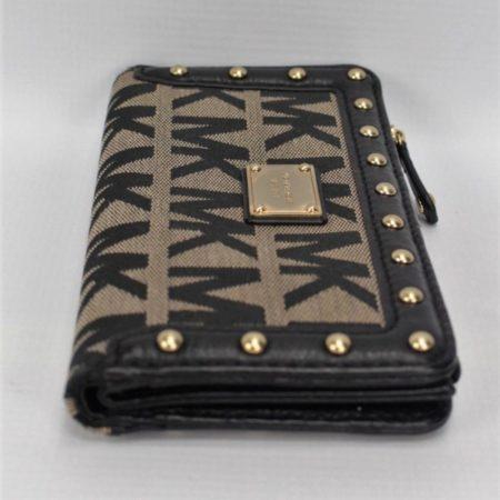 MICHAEL KORS Black Studded Wallet 8771 d