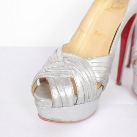 CHRISTIAN LOUBOUTIN Jenny Silver Peep Toe Pumps Size USA 8.5 Euro 38.5 Item15416 f