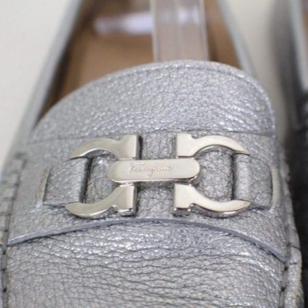 SALVATORE FERRAGAMO Silver Leather Loafers Size USA 7 Euro 37 Item16375 e