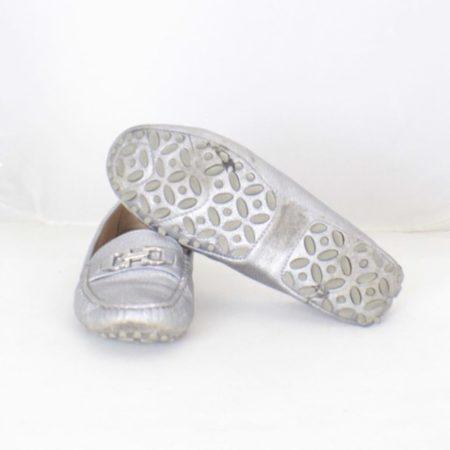 SALVATORE FERRAGAMO Silver Leather Loafers Size USA 7 Euro 37 Item16375 g