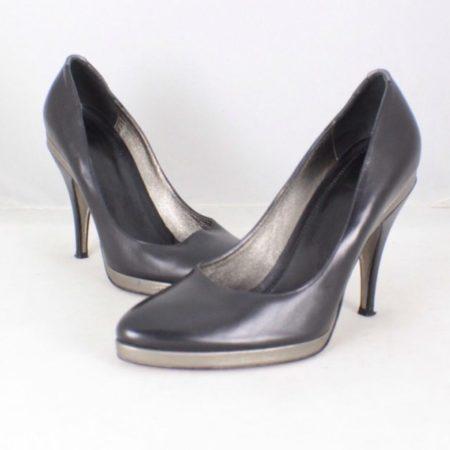 HUGO BOSS Black Leather Pumps size US 6 Eur 36 item13829 a