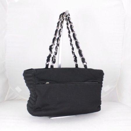 CHANEL 18616 Black Quilted Shoulder Bag b