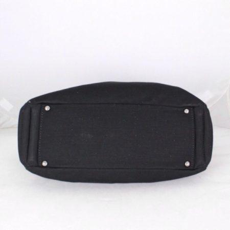 CHANEL 18616 Black Quilted Shoulder Bag d