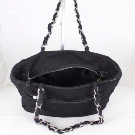 CHANEL 18616 Black Quilted Shoulder Bag f
