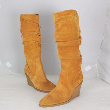 SALVATORE FERRAGAMO 19583 Camel Suede Boots size US 8 Eur 38 a