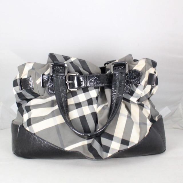 BURBERRY 20978 Grey Checker Tote a