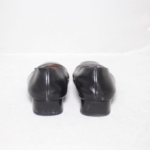 SALVATORE FERRAGAMO Black Leather Heels Size 8.5 US Eur 38.5 18121 d