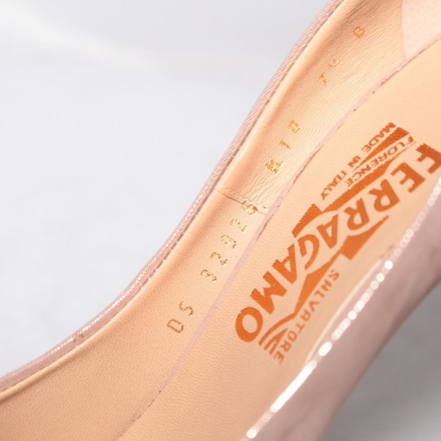 SALVATORE FERRAGAMO Metallic Rose Gold Bow Pumps Size 7.5 US Eur 37.5 21270 d