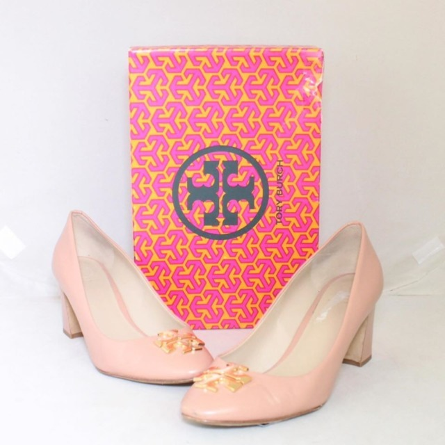TORY BURCH Nude Close Toe Heels Size US 8.5 Eur 38.5 21996 a