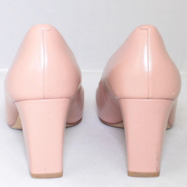 TORY BURCH Nude Close Toe Heels Size US 8.5 Eur 38.5 21996 g