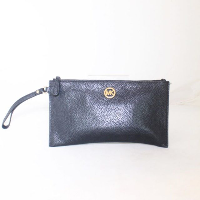 MICHAEL KORS Black Leather Clutch 25227 a