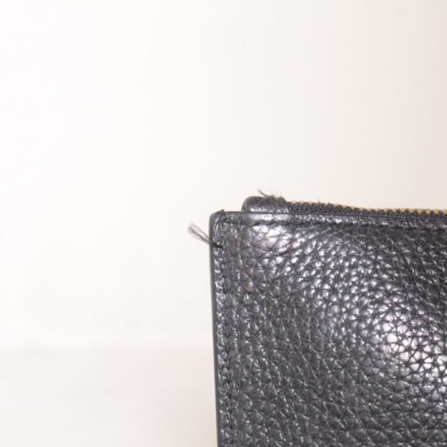 MICHAEL KORS Black Leather Clutch 25227 g