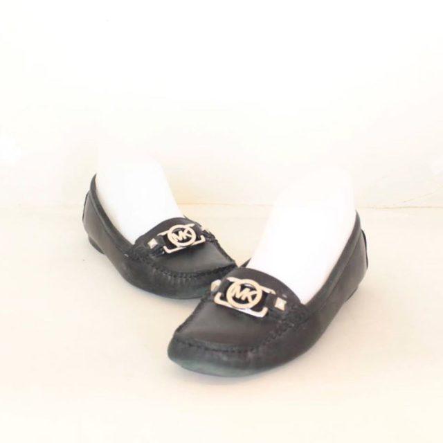 MICHAEL KORS Black Leather Loafers US 7.5 EU 37.5 25245 a