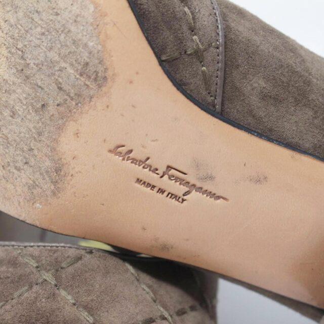 SALVATORE FERRAGAMO Brown Suede Loafers US 8 EU 38 25948 d