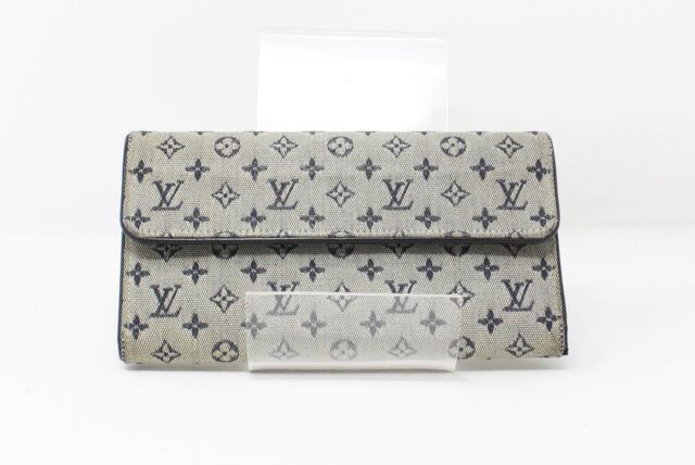 LOUIS VUITTON Grey Monogram Wallet 27302 1