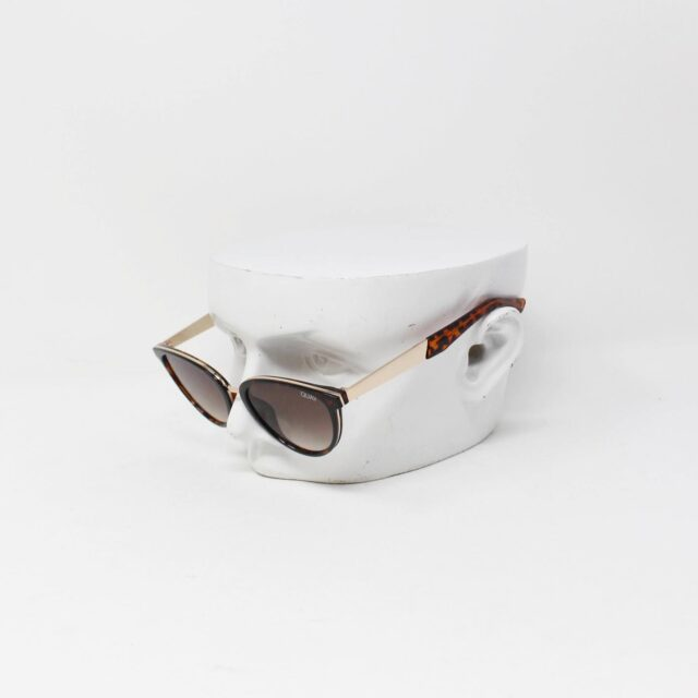 Quay Australia Rumours Sunglasses 27594 1