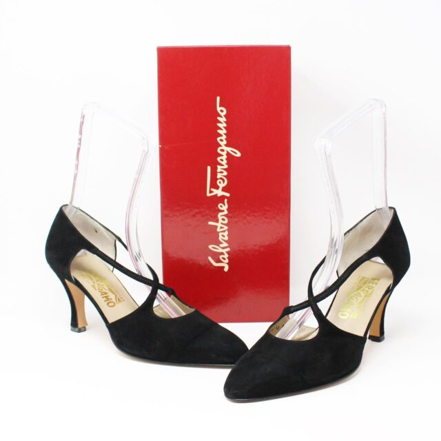 SALVATORE FERRAGAMO Black Suede Heels US 10 EU 40 28330 1