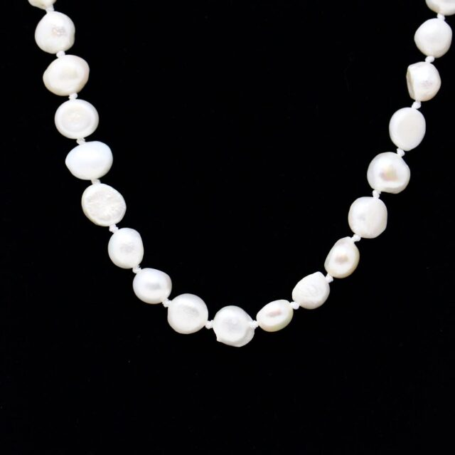 Closed Pearl Necklace 27912 2