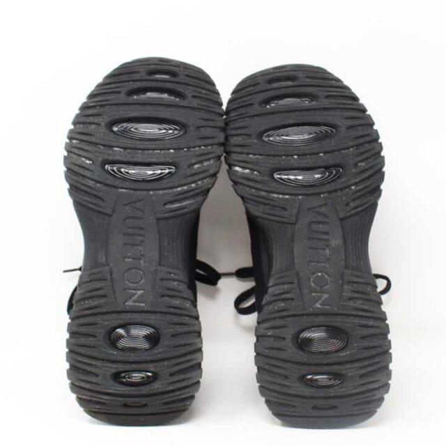 LOUIS VUITTON Run away Pulse Sneakers US 9 EU 39 29088 4