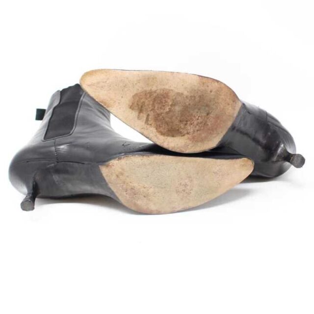 MANOLO BLAHNIK Black Leather Boot Heels US 9 EU 39 29040 4
