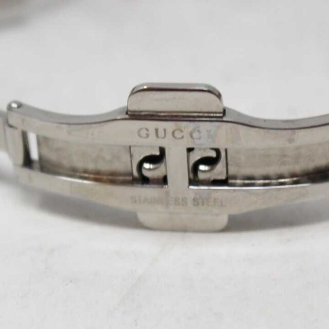 GUCCI Mother of Pearl Stainless Steal Watch 29152 4