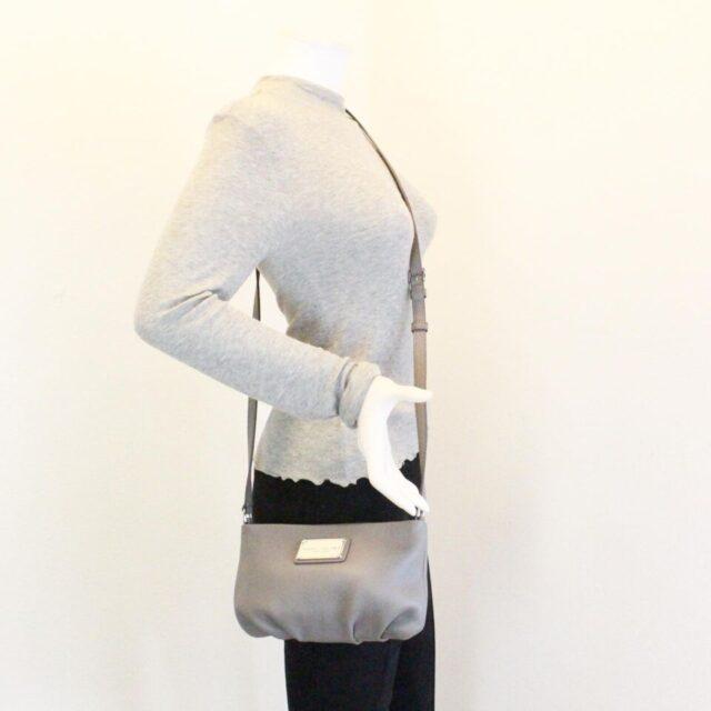 MARC JACOBS Grey Leather Crossbody 30019 8
