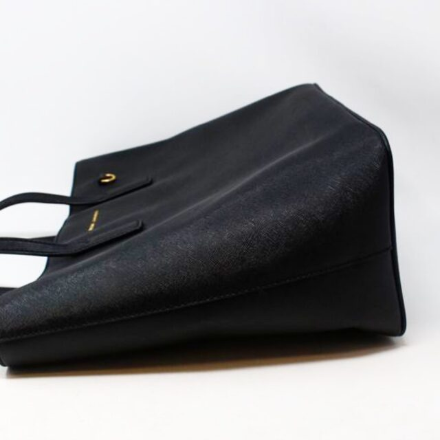 MARC JACOBS 30219 Black Saffiano Leather Tote 5