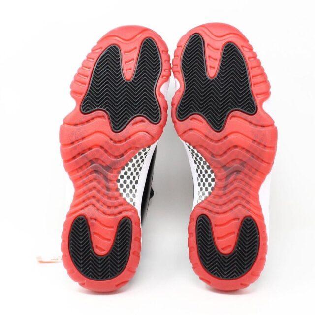 AIR JORDAN RETRO 11 28517 Black and White Sneakers US 9.5 EU 39.5 3