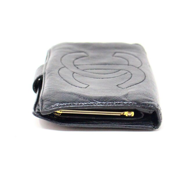 CHANEL 31356 Vintage Black Caviar Leather Snappy Wallet 3