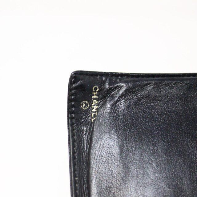 CHANEL 31356 Vintage Black Caviar Leather Snappy Wallet 9