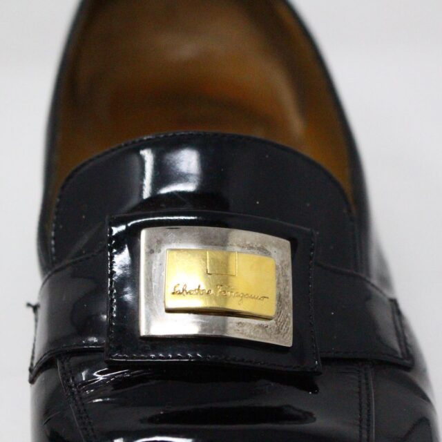 SALVATORE FERRAGAMO 26840 Vintage Patent Leather Heeled Loafers US 6 EU 36 8