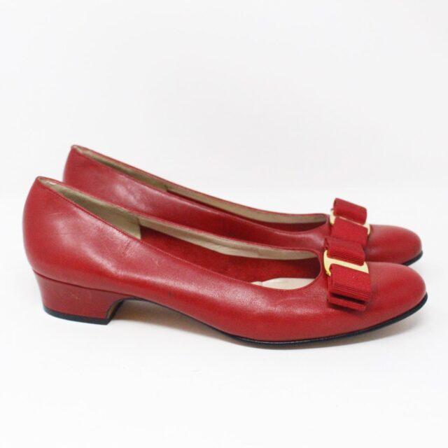SALVATORE FERRAGAMO 31694 Red Saffiano Leather Pumps US 7 EU 37 2